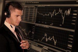 מערכת חכמה למסחר בשוק ההון